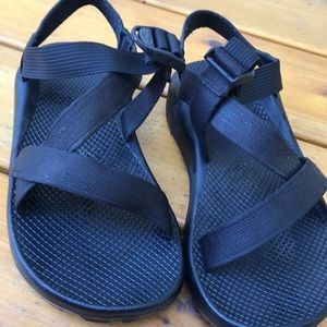 Black One strap toeless Chacos